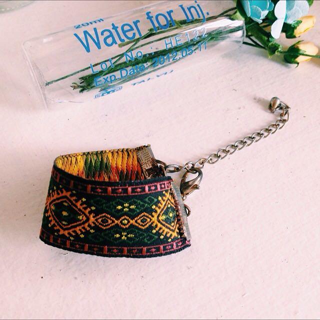 圖騰緞帶手環
