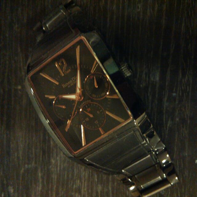 羅凡迪諾的表