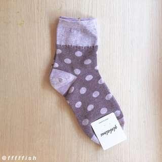 韓製圓點中筒襪