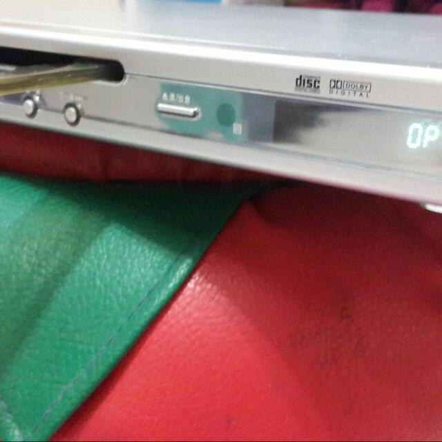 DVD播放機  DVD player