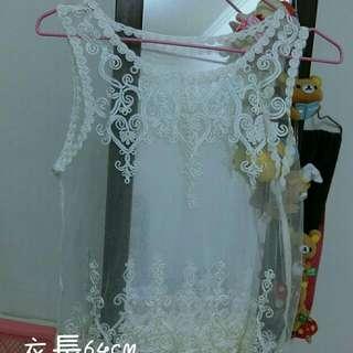 白色蕾絲罩衫