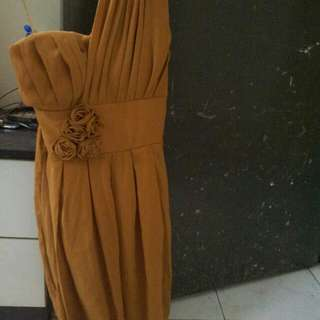 Half Shoulder 3/4 Gown As I Have Never Worn It Its New As Can See In Pic