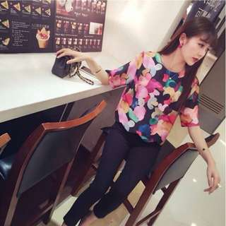 New Colorful Graphic Blouse