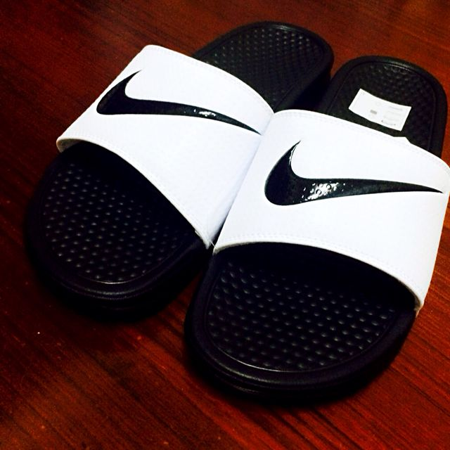 Nike Benassi White & Black Slider Sandals 白底黑溝 現貨Us8 特價