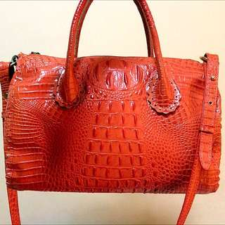 Crocodile Faux Skin Handbag With Sling