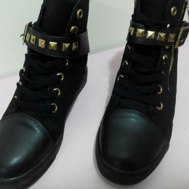 黑色鉚釘鞋