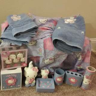 Hello Kitty pink/purple bathroom set