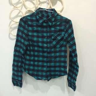 綠色格子襯衫
