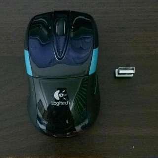 羅技無線滑鼠 M525