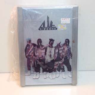 BIGBANG《ALIVE》韓版專輯 全體封面
