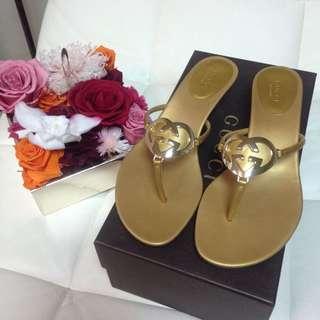 Gucci 金色拖鞋 37.5號