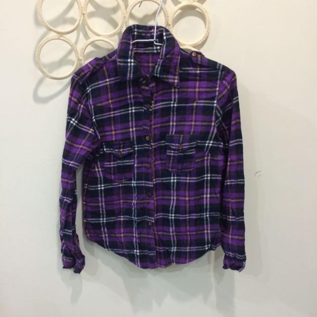 紫色格子襯衫