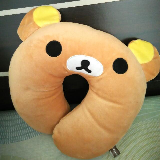 靠頸頸  ~ 熊熊U型靠頸枕 (全新)