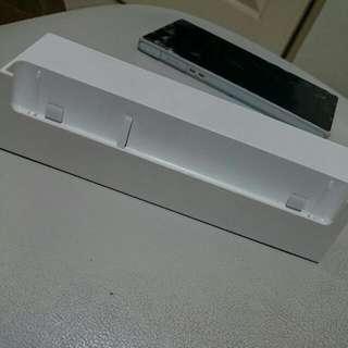 Sony Z 原廠坐充