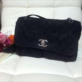 Chanel 麂皮鍊包