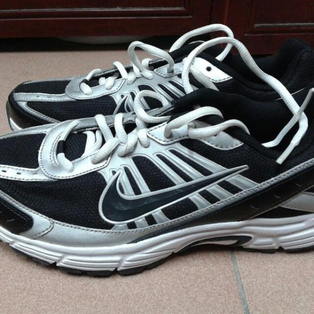 Nike fly 慢跑鞋 訓練鞋 under armor adidas