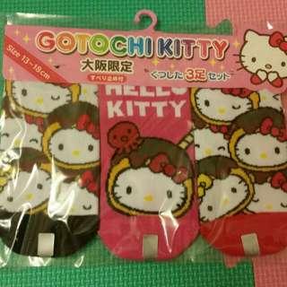 大阪帶回。Kitty襪子