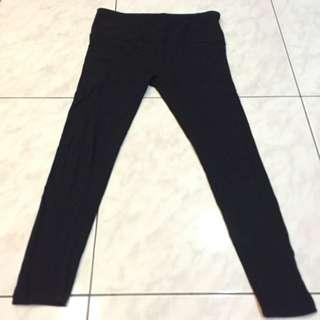 Lativ 孕婦 內搭褲。黑色M號