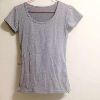 灰色貼身上衣 T Shirt