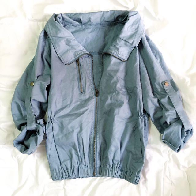 湖水綠輕薄外套