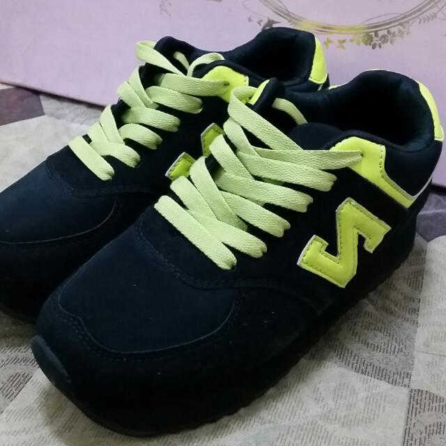 正韓 增高運動鞋