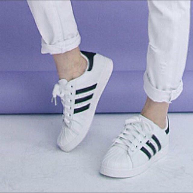 ✨全新便宜賣✨三線配色球鞋