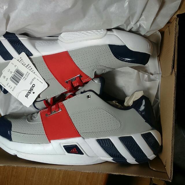 Adidas鞋27.5