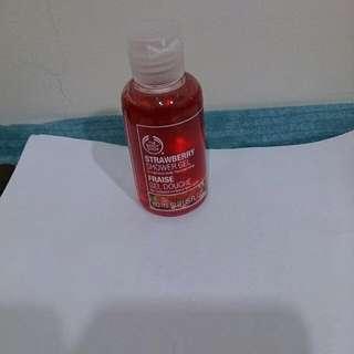 草莓嫩白沐浴膠   60ml