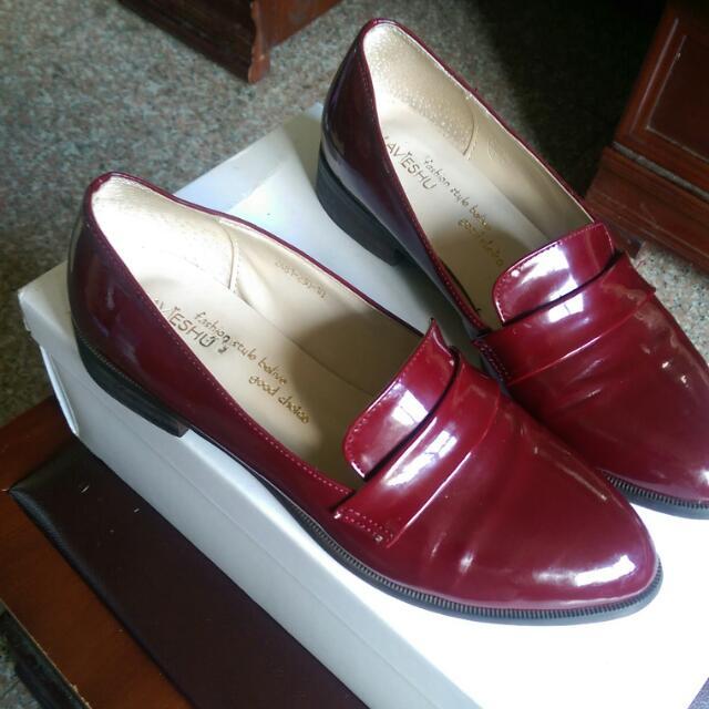 超美☑百搭💯韓風漆皮尖頭紳士鞋