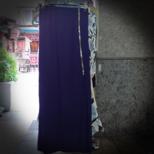 露大腿。拉鏈長裙 t713