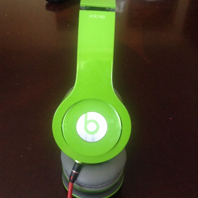 Lime Green Solo Hd Beats Electronics On Carousell