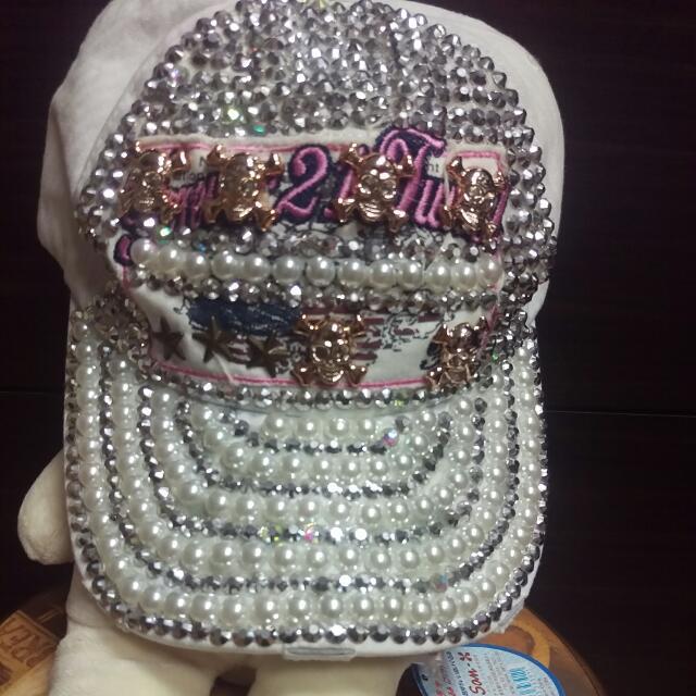 (保留)全新,nice ioi珍珠骷髏白色帽