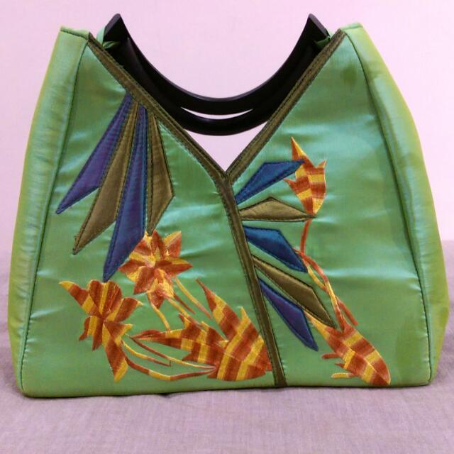 ⭐ Vietnamese Tote Bag