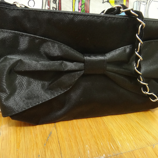 全新黑色蝴蝶結小手提包