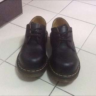 Dr Martin Shoes UK Size 3 **brand new!**
