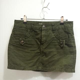 (二手)香港IZZUE休閒軍綠色短裙XS號(約26腰)