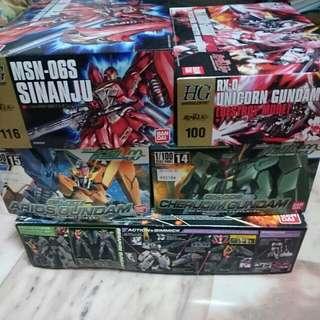Various Gundam Model Kits