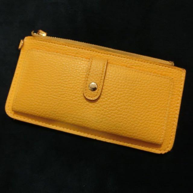 黃色皮革長夾