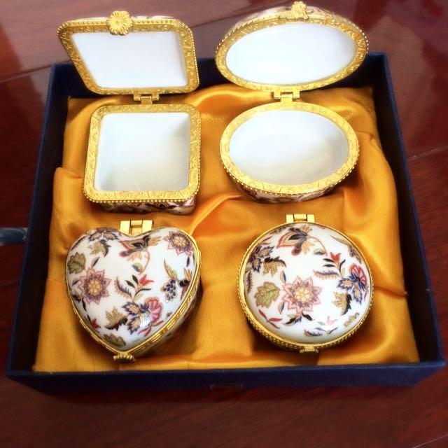全新 四款陶瓷小盒子