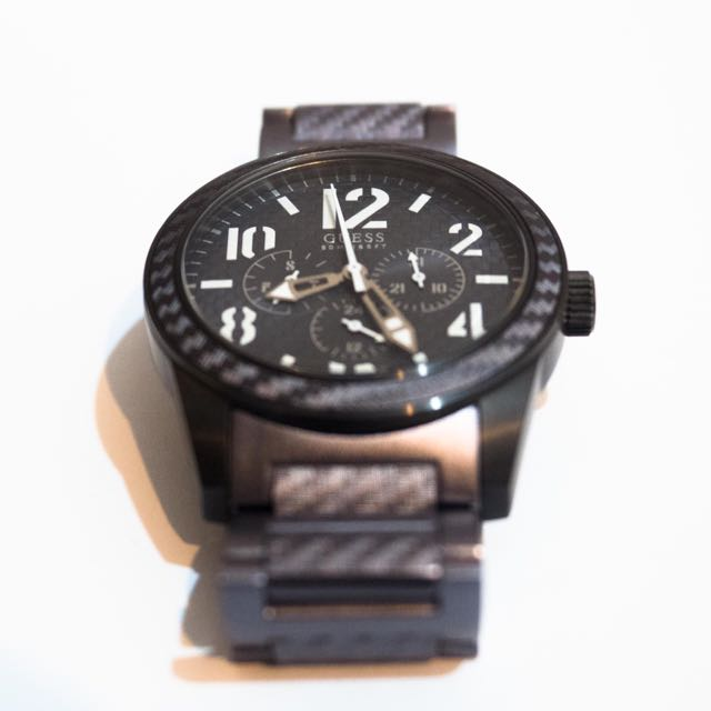 GUESS Carbon Fiber Wristwatch (Used)
