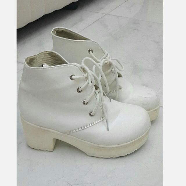 White Thick Wedges (Preloved)