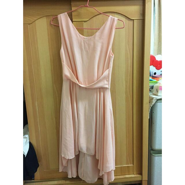 粉紅小禮服