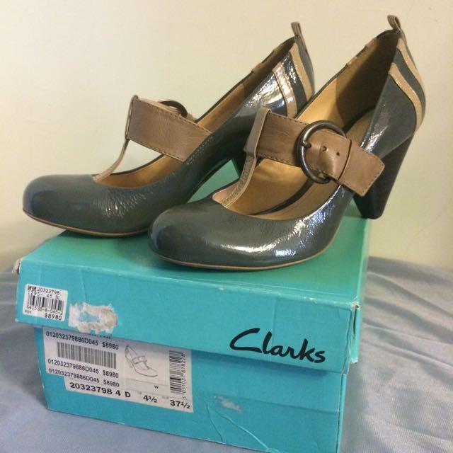 全新Clarks 瑪麗珍鞋