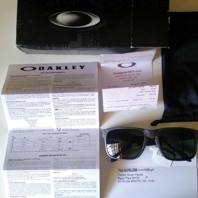 b95564753c4 Oakley Holbrook OO9102-38 55-18-137