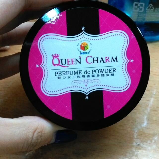 (降價求售意者私訊價格) 🆕Queen Charm 魅力女王玫瑰香氛身體蜜粉