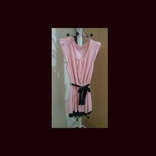 二手洋裝(只穿一次)