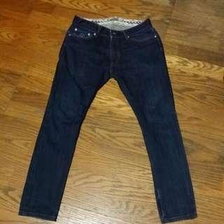 Levi's窄管牛仔褲