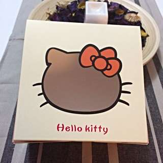 New Stocks Available Hello Kitty Cupcake / Muffin Box Set Of 5