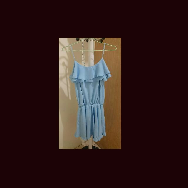 淺藍色小洋裝