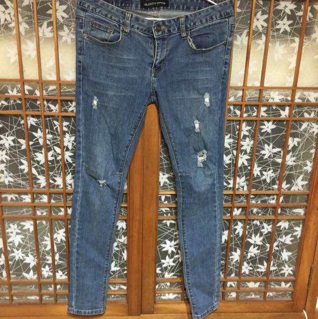 Queen Shop 顯瘦刷破牛仔褲